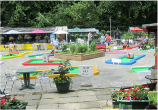 Minigolf at Rylstone Gardens in Shanklin