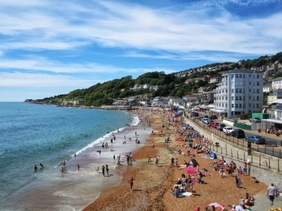 Ventnor beach in peak season