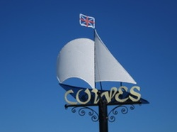 Cowes sign