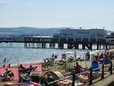 Sandown Pier in high season