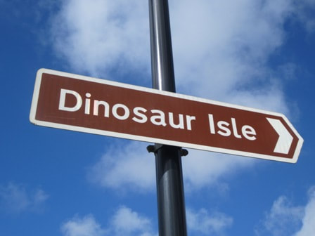 Dinosaur Isle sign in Sandown